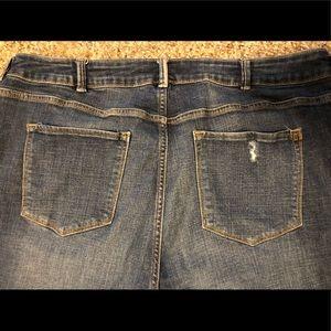 Size 22 Jean Crops